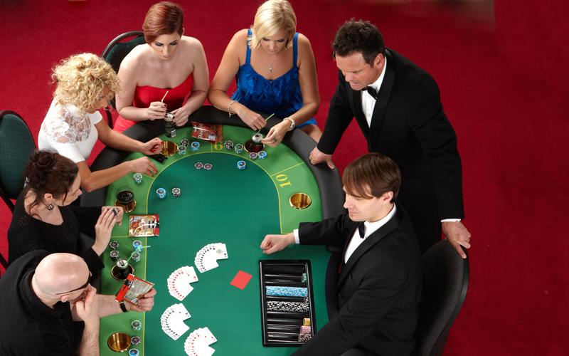 _O4Z0566_poker